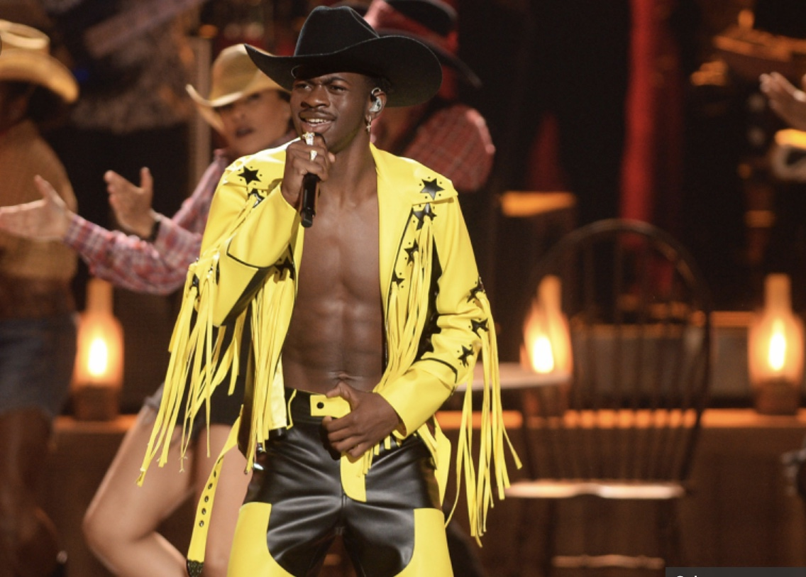 Lil Nas X hints at being LGBT with tweets about his sexuality